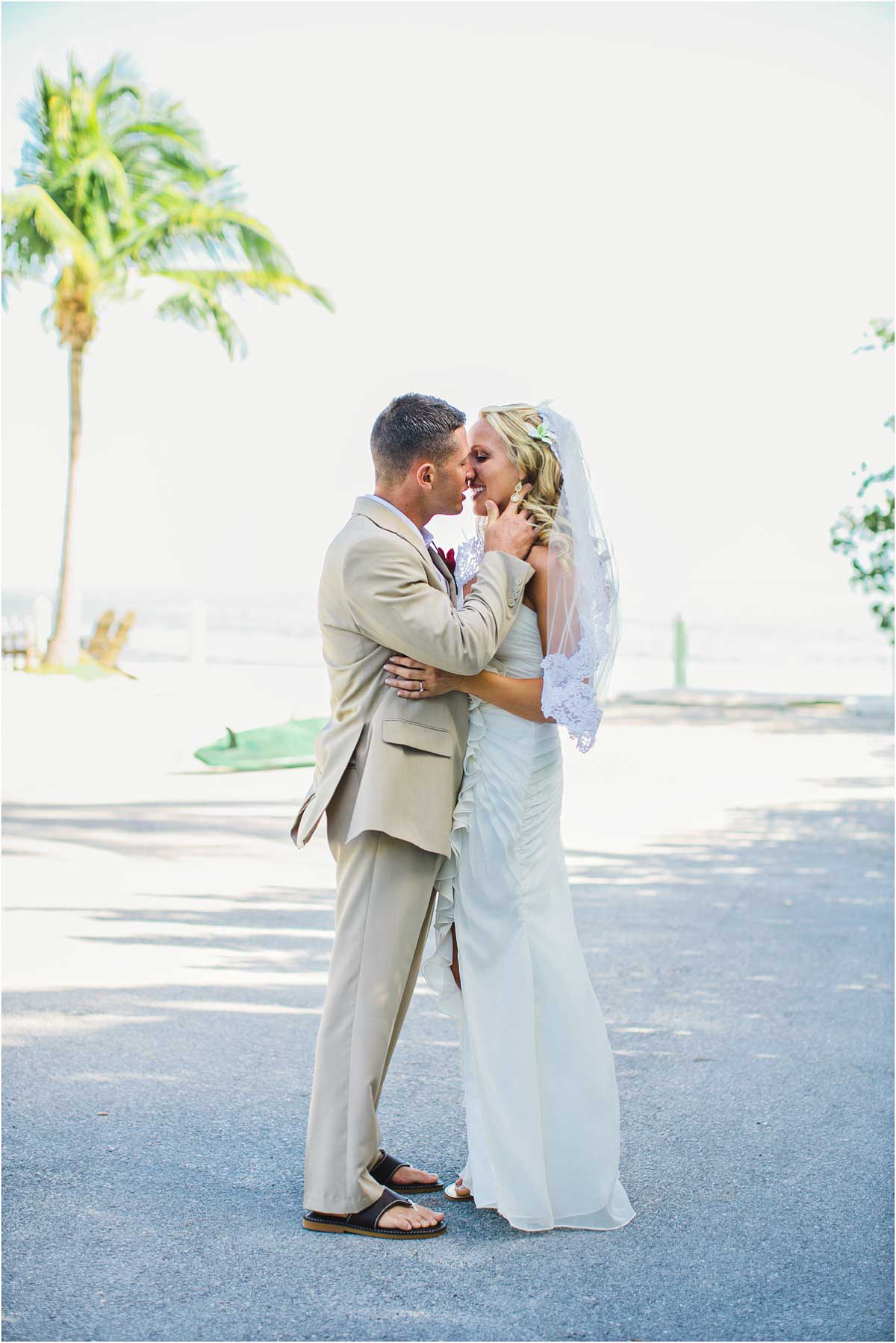 Islamorada_Wedding_Keys_Drop_Anchor_15
