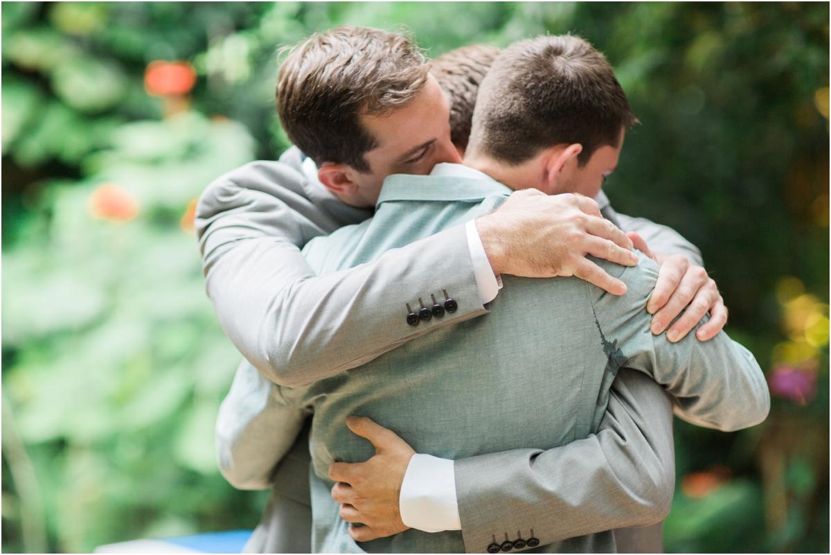 Waldos-Secret-Garden-Wedding-Photos-Vero_0014
